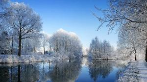 Image Source Page: http://wallpapers.li/free-desktop-Winter-landscape.html