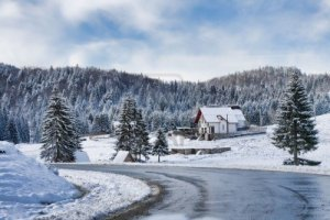 Image Source Page: http://www.123rf.com/photo_5798133_winter-landscape-in-poiana-brasov-resort-romania.html