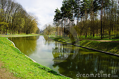Image Source: www.dreamstime.com/stock/photography-park-early-spring