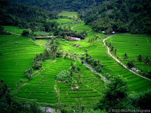 Image Source: http://www.tourismindonesia.com/2012/06/hidden-journey-over-belitung-and.html