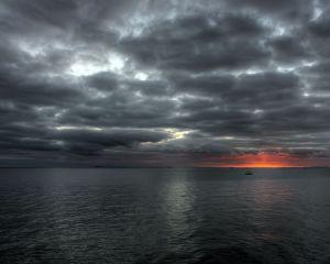 Image Source: http://ikostas.wordpress.com/pictures/4-2/wonderful-landscapes-39-jpg/