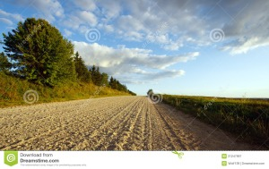 Image Source: http://www.dreamstime.com/royalty-free-stock-photography-august-landscape-road-village-image31247997