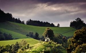 Image Source: http://hdwallpapersdesktop.com/wallpapers/wp-content/uploads/2011/09/05/Wallpaper-field-sky-nature-landscape-desktop.jpg