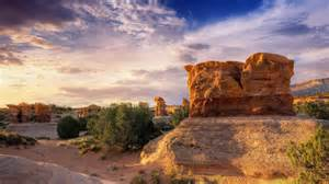 Image Source: http://hdwallpapersdesktop.com/wallpapers/wp-content/uploads/2011/09/26/Impressive-landscape-HD-wallpaper1.jpg