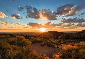 Image Source: http://3.bp.blogspot.com/--lnAbB7hlpM/TwI5NvG4S0I/AAAAAAAAR6g/Ob4PZEr5K_w/s1600/Landscapes%2BPart2%2Bby%2BDustin%2BFarrell.jpg