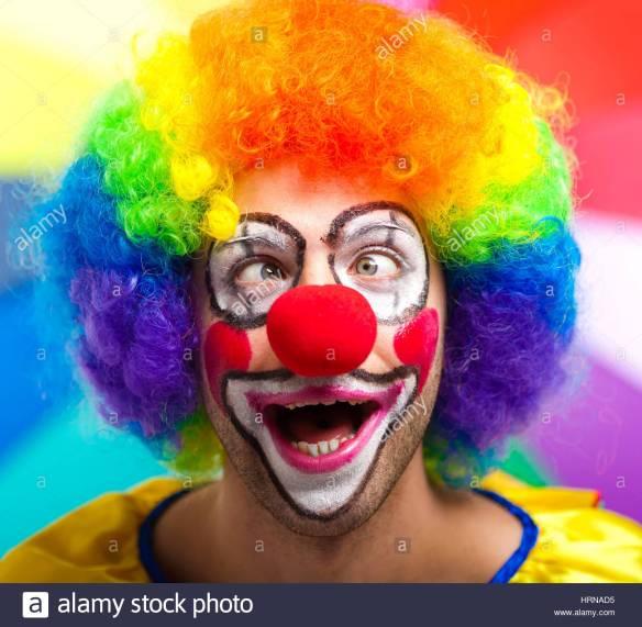 funny-clown-face-HRNAD5